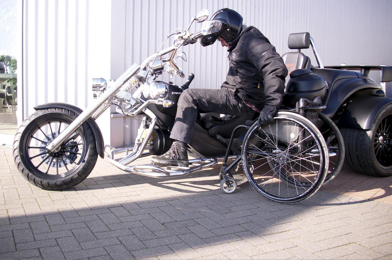 bg_handicap-02_2560px